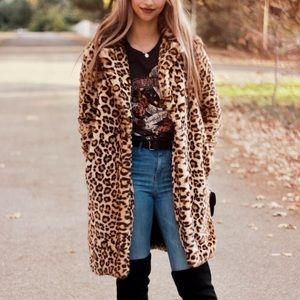 Zara Fluffy Leopard Print Coat